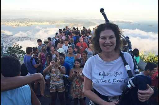 British woman went round the world in 50 days to play the bagpipes on all 7 continents